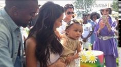 Kim Kardashian Shares Photo of Baby North at Birthday Party!: Photo Kim Kardashian and Kanye West present their baby girl North with her cake at her First Birthday Party held on Saturday (June in Los Angeles. Kim Kardashian Kanye West, Kanye West And Kim, Kardashian Jenner, Kourtney Kardashian, Kris Jenner, Kardashian Style, Kardashian Photos, North West Birthday, Magazine Gq