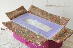 장미꽃자수 티슈케이스 : 네이버 블로그 Kasuti Embroidery, Hand Embroidery, Tissue Box Covers, Tissue Boxes, Sewing Stitches, Sewing Patterns, Free Sewing, Hand Sewing, Home Decor Fabric