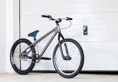 NS Bikes Bitch - frame restoration and bike building on Behance