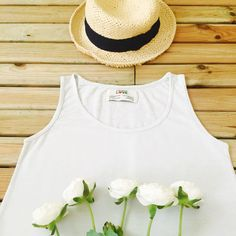 Really hot! #organic #organiccotton #cotton #hot #hotsummer #summer #blue #basic #basictee #casual #relax #flowers #hat #thsort #blue