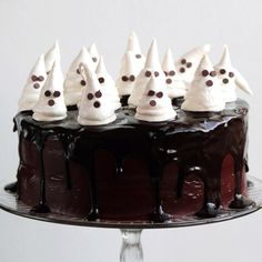 Halloween Cake Recipes - Halloween Cakes - Delish