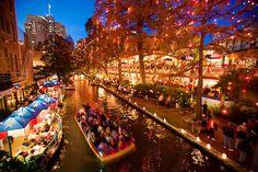 Xmas lights on the San Antonio Riverwalk...love San Antonio!!!