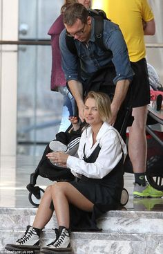 Lara Bingle with husband Sam Worthington and their one-year-old son Rocket - In New York. (April 2016)