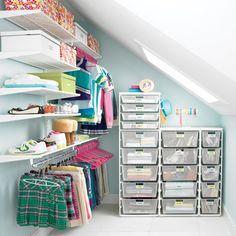 organizing teenagers closet | Elfa Closet Teen Girls Walk In Closet