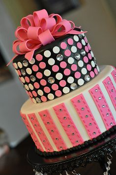 Blingy Pink & Black Party Cake