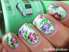 #tropical #flower #nail #nails #nailart #lapaillettefrondeuse