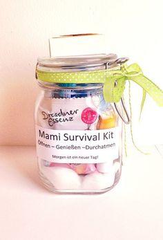 Geldgeschenke - Mami Survival Kit - ein Designerstück von Smilland bei DaWanda
