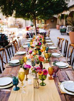 Colorful Mexican Fiesta Wedding – Inspired by This Trend 2019 – Wedding Tables – Wedding Flowers – Wedding Rings Garden Wedding Decorations, Wedding Themes, Table Decorations, Wedding Ideas, Centerpiece Wedding, Diy Wedding, Trendy Wedding, Wedding Parties, Table Wedding