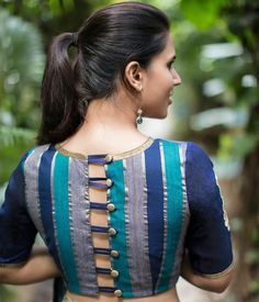 blouse designs Most Trendy Latest Fashion Blouse Design List for Bride-to-be & Saree Lovers. Check 30 Best Blouse Designs with Blouse Back & Sleeve Design Trends in 2017 Best Blouse Designs, Saree Blouse Neck Designs, Simple Blouse Designs, Choli Designs, Stylish Blouse Design, Saree Blouse Patterns, Sari Blouse, Style Sportif, Designer Blouse Patterns