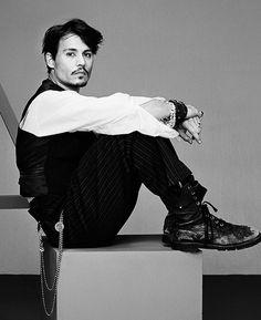 Johnny Depp, male actor, sexy guy, beard, steaming hot, face, celeb, famous, intense eyes, eye candy, portrait, photo b/w.