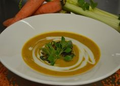 Warming Mulligatawny Soup Chef Recipes, Soup Recipes, Mulligatawny, Vegetable Puree, Curry Powder, Chutney, Soups And Stews, Thai Red Curry, Sweet Potato