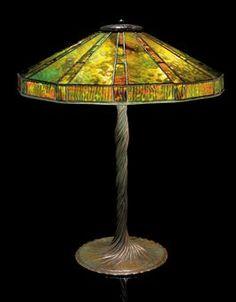 TIFFANY STUDIOS  TABLE LAMP, CIRCA 1910