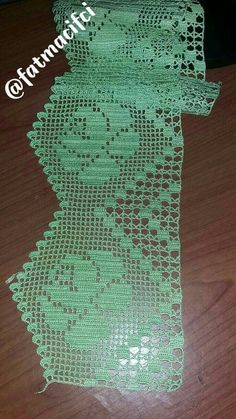 This post was discovered by Izabel Cocharro. Discover (and save!) your own Posts on Unirazi. Col Crochet, Filet Crochet Charts, Crochet Dollies, Thread Crochet, Crochet Motif, Irish Crochet, Crochet Stitches, Crochet Edging Patterns, Crochet Borders
