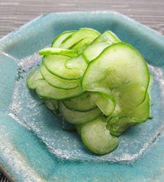 ナーベーラーンブシー   沖縄料理レシピ あじまぁ Okinawa Food, Artichoke, Junk Food, Japanese Food, Sprouts, Vegetables, Recipes, Vegetable Recipes, Recipies
