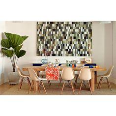 Cadeira eiffel nude com mesa de madeira (sala de jantar)