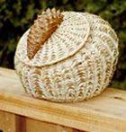 Pine Needle-Raffia Basket Making