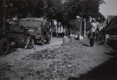 Antwerpsestraat October 1944 Putte Ww2 History, World War Ii, Om, October, Military, Outdoor, Soldiers, World War Two, Outdoors