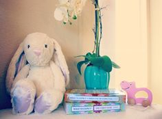 What to Expect when You're Expecting books: a mom's bible! #whattoexpectbook #ad