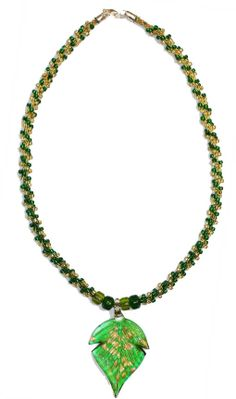 Everything for Kumihimo: free online braiding instructions - beading with braids, beaded kumihimo leaf necklace project.