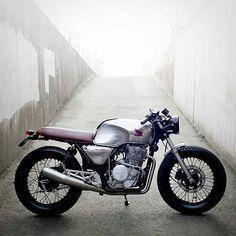 Kabuut | Honda Gb500 Bratstyle - - #caferacerindo #caferacerindonesia #caferacer #custombike #triumph #deus #vespa #scrambler #bratstyle #bobber #harleydavidson #japstyle #sportster #flattracker