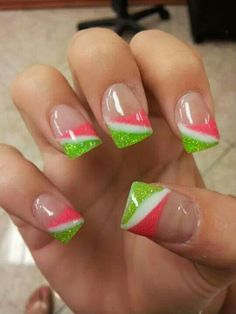 I don't like pink and green but this is cute.