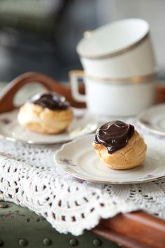The Deen Bros' Lighter Mocha-Filled Eclairs are sure to impress your guests but with less fat and calories! Gourmet Desserts, Mini Desserts, Just Desserts, Delicious Desserts, Dessert Recipes, Yummy Food, French Desserts, Plated Desserts, Chocolate Eclair Recipe