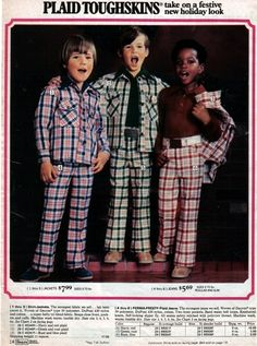 Plaid Toughskins - Sears Catalog Oh man! What momma's did to their little boys back then - ! How do you sing in harmony with those mixed snazzy duds on? LOOK AT THE PRICES! Retro Ads, Vintage Advertisements, Vintage Ads, Vintage Sewing, 70s Fashion, Vintage Fashion, Fashion Trends, Decades Fashion, Funny Fashion