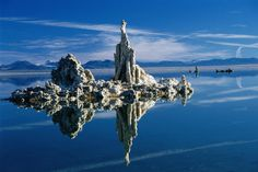 California Image - Mono Lake Tufa State Reserve, California - Lonely Planet