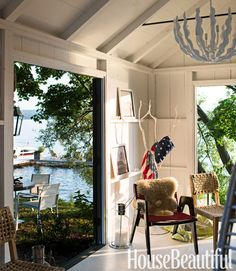 See these beautiful ideas for textiles, patterns and color that define Lake House Cottage Decor! House Boat, House, Cottage Style, Small Lake Houses, Rustic Lake Houses, Lakefront Living, Beautiful Homes, Cottage Interiors, Beach Cottage Decor