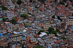 Favela, Rocinha, Brazil. Image credit: Steve Martinez . http://reversehomesickness.com/south-america/favelas-rio-de-janeiro/
