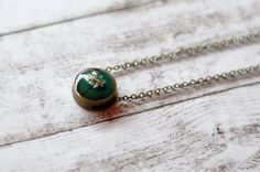 Dainty Dark Green Pendant With Queen Anne's Lace Flower - Resin Pendant Necklace - Botanical Jewelry Real Flower Necklace
