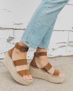 We love you, platform... For all your height-enhancing, cool-exuding and outfit-making abilities. So we take perfecting our version very seriously. That's why w