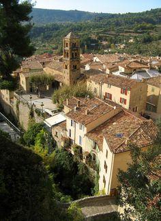Moustiers Sainte-Marie, Provence, France