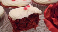 Natali's cooking: Cup cakes red velvet para los enamorados