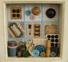 Sewing Crafts Sewing Shadow Box Nikki Vintage by on Etsy, Sewing Hacks, Sewing Crafts, Sewing Tips, Sewing Tutorials, Vintage Sewing Notions, Leftover Fabric, Sewing Box, Sewing Rooms, Button Crafts