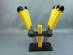 Superb two tone black yellow 1930s ART DECO Bakelite FRUIT KNIFE SET in stand