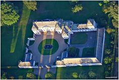 BARLY : Le château vu du ciel, de la nacelle d'une montgolfière ...