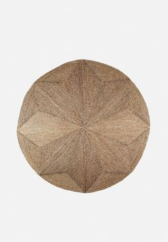 Give your space that cosy, lived-in feel with the simple addition of a seagrass rug. Constructed in a circular shape, this all-natural accent can live both in and outside, and incorporates a geometric weave within the design. Minimalist Interior, Modern Minimalist, Hertex Fabrics, Pin Cushions, Pillows, Seagrass Rug, Simple Addition, Rugs On Carpet, Carpets