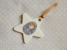 Décoration de Noël Etoile Poupée Russe en feutrine grise y