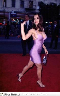 Salma Hayek gorgeous curves and sexy legs in figure hugging low cut body con purple mini dress and high heels. Salma Hayek Young, Salma Hayek Body, Beautiful Celebrities, Gorgeous Women, Tight Dresses, Sexy Dresses, Short Dresses, Formal Dresses, Salma Hayek Pictures