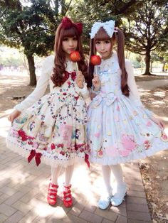 Sweet & Classic Lolita Friends.