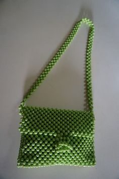 sac en perle  green beaded bag vintage annees 60 70 1960s 1970s 60s 70s
