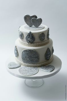 Cake-o-topia wedding cake