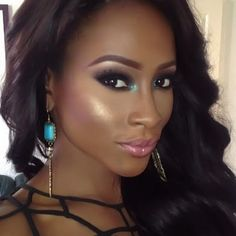 Absolutely Stunning Flawless Makeup Teal Eyeshadow Pink Nude Lipstick Beautybyjj