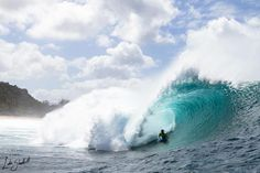 Pierre-Louis Costes  Quater Final at Pipeline - Hawaii 2012