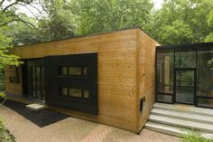The Roberts Residence by Division1 Architects is located in Bethesda, MD, right outside of Washington, DC.