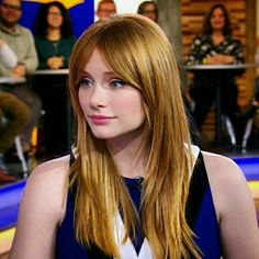 Bryce Dallas Howard looking very Karen Gillian Bryce Dallas Howard, Beautiful Celebrities, Beautiful Women, Classic Actresses, Summer Hairstyles, Marcel, Redheads, Red Hair, Hair Cuts