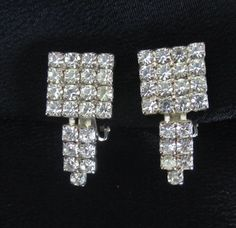 Vintage sparkle for your ears!!!!  I love rhinestone jewelry with casual jeans and a white shirt!!