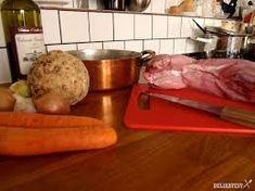 Výsledok vyhľadávania obrázkov pre dopyt nedelny-obed-kralik-na-cervenom-vine