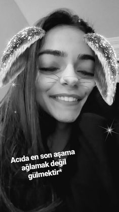 Get in touch with Merve ( — 715 answers, 22721 likes. Ask anything you want to learn about Merve by getting answers on ASKfm. Fake Girls, Tumblr Photography, Picture Poses, Girl Pictures, Veronica, Cool Words, Eminem, Girly, Dreadlocks